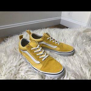 Vans sneakers (women's)